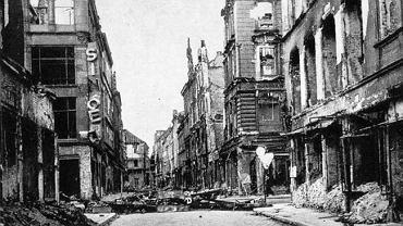 Ulica Ofiar Oświęcimskich - 1945 r.