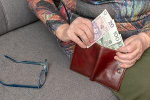 Podatek majątkowy uderzy w emerytów. Trzeba zacząć od opodatkowania spadków