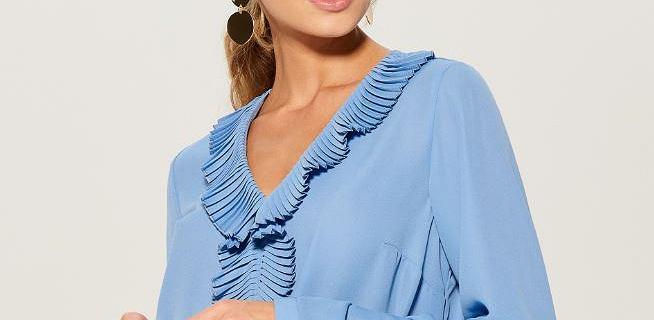Piękne i kobiece bluzki z Mohito. Fasony idealne na obecny sezon
