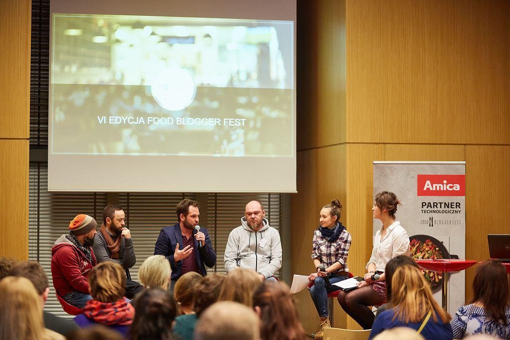 Jak jedzenie zmienia przestrzeń miejską - dyskusja. Dariusz Iwanow, Krzysztof Cybruch, Michał Olszewski, Michał Skoczek, Małgorzata Minta, Martyna Szydłowska