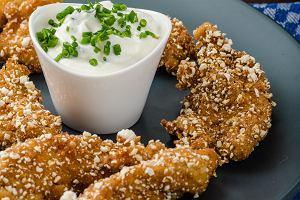 Co na obiad? Kurczak w płatkach owsianych to idealna propozycja. Podpowiadamy, jak go zrobić