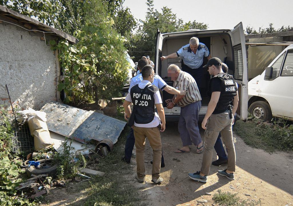 65-latek przyznał się do zamordowania 15-latki