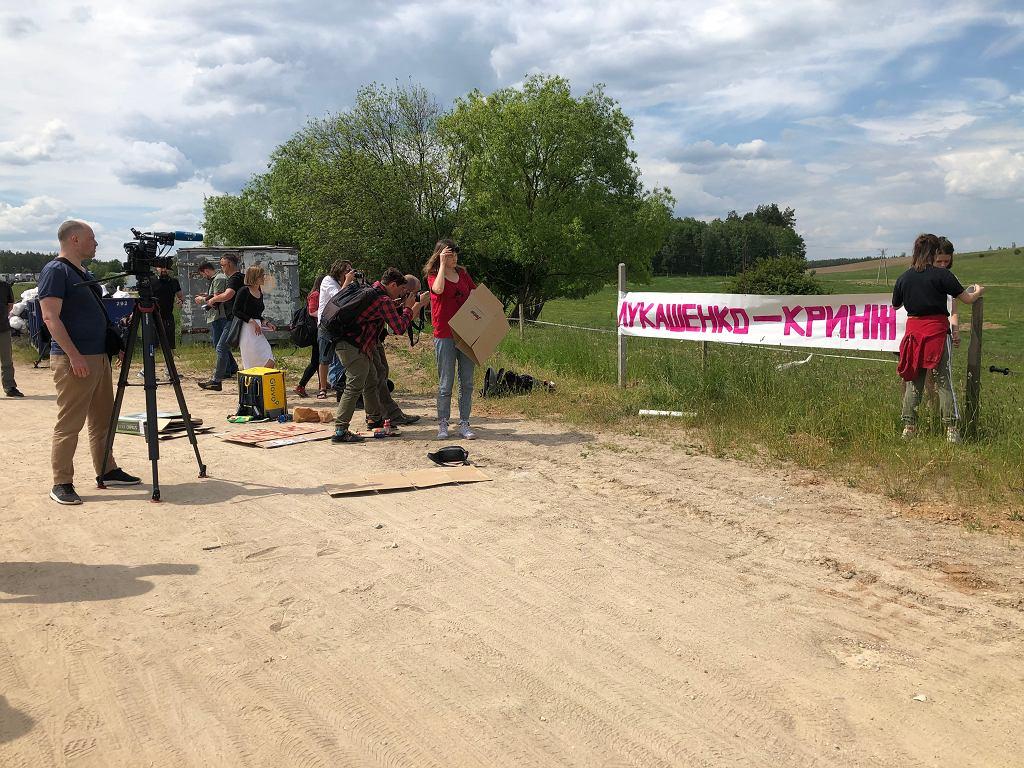 Akcja protestacyjna Białorusinów mieszkających w Polsce oraz wspierających ich Polaków w pobliżu przejścia granicznego Bobrowniki-Bierestowica