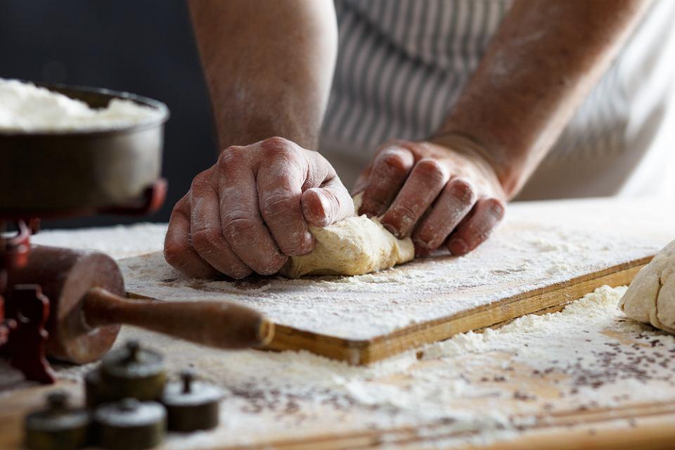 Zdjęcie numer 1 w galerii - Jak zrobić domowy makaron? Mamy przepis krok po kroku i kilka porad