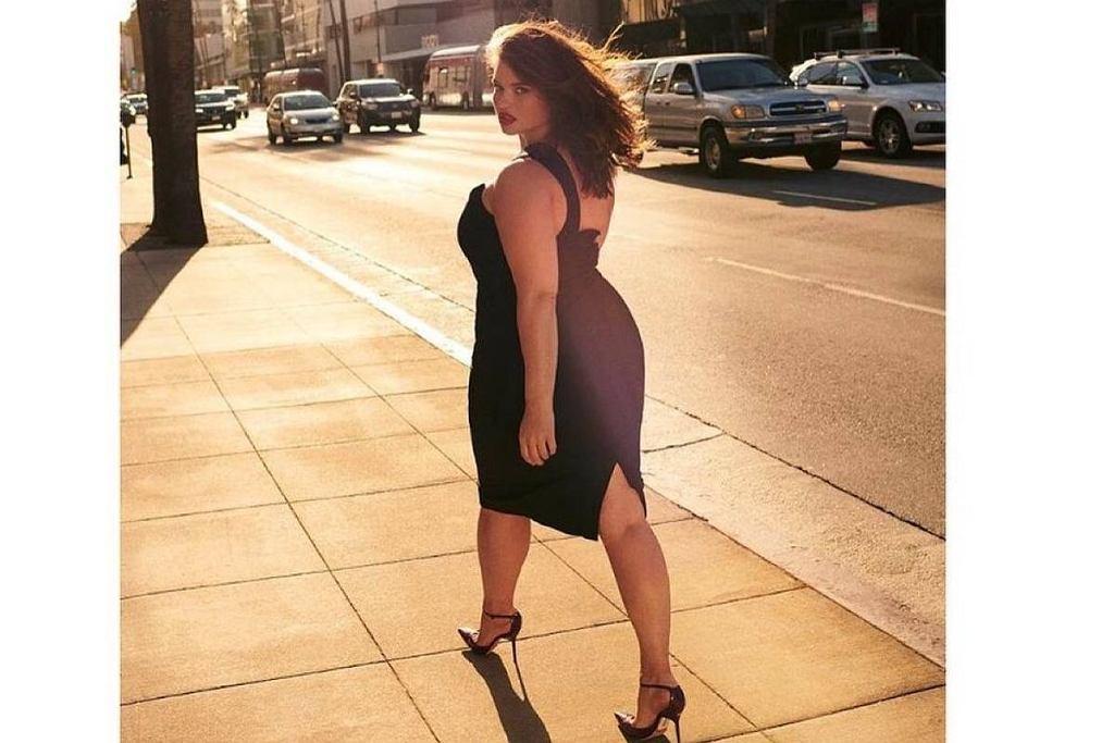 Mała czarna dla kobiet plus size