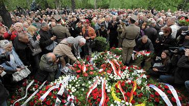 Uroczystości pogrzebowe na warszawskim Cmentarzu Wojskowym na Powązkach