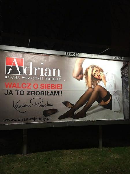 Karolina Piasecka, była żona ex-radnego PiS w Bydgoszczy w kampanii reklamowej producenta rajstop Adrian