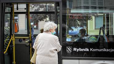 Czternasta emerytura 2021. Kiedy pieniądze dla seniorów? Terminy mogą się różnić