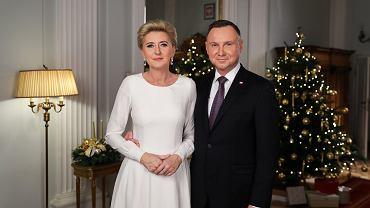 Para prezydencka złożyła Polakom świąteczne życzenia