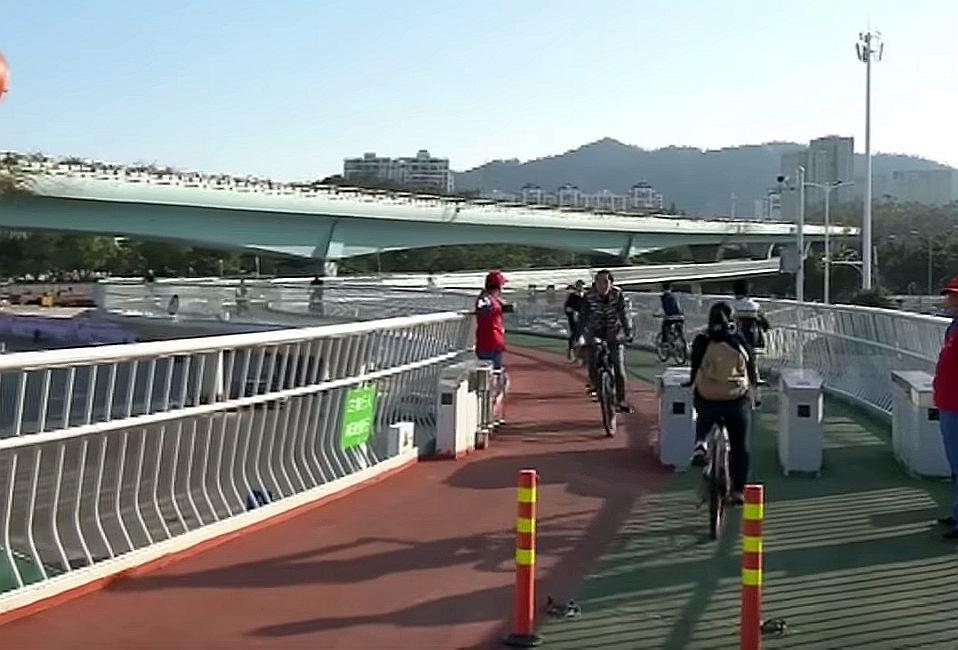 Najdłuższa na świecie podwieszana ścieżka rowerowa