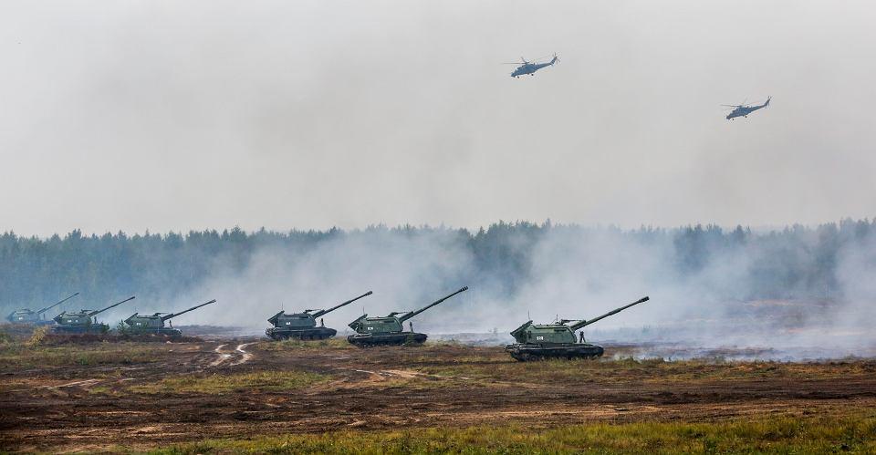 Rosyjskie i białoruskie jednostki podczas manewrów Zapad 2017. Okolice Borysowa na Białorusi.