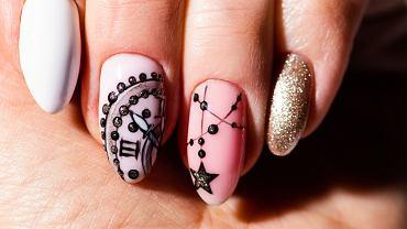 Paznokcie na święta i sylwestra powinny mieć ciekawe wzory. Zdjęcie ilustracyjne