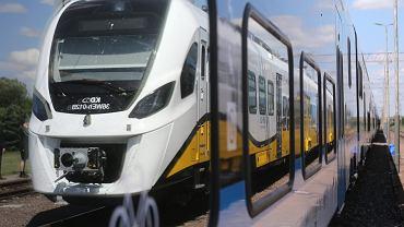 Zmiana czasu na kolei (pociąg - zdjęcie ilustracyjne)