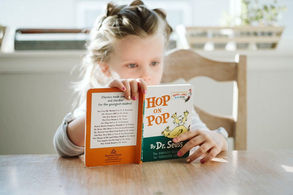 Dziś Międzynarodowy Dzień Książki Dla Dzieci. 'W twoich rękach książki nigdy się nie nudzą'