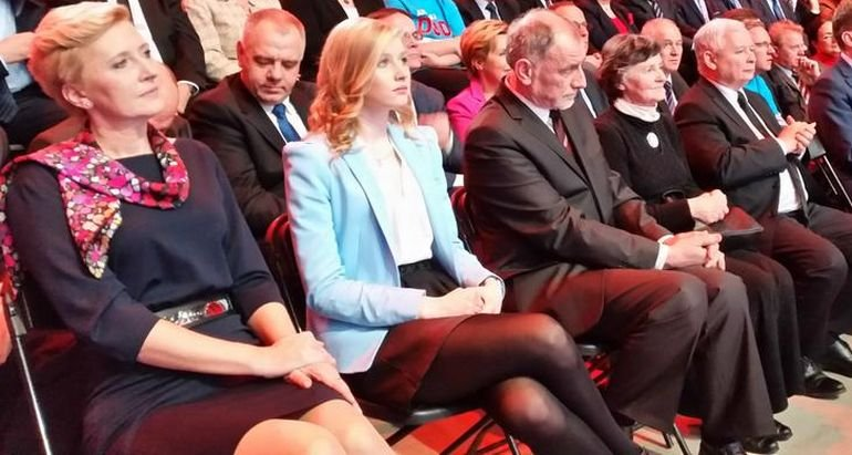 Rodzina Andrzej Dudy na konwencji prezydenckiej