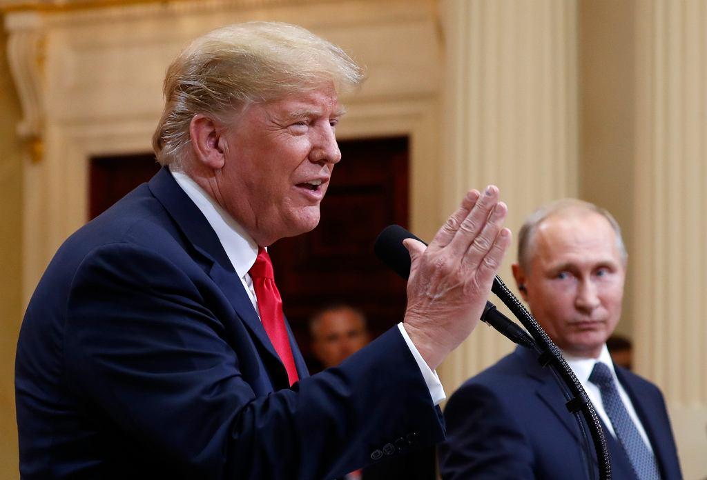 Donald Trump i Władimir Putin podczas konferencji po szczycie w Helsinkach. Finlandia, 16 lipca 2018