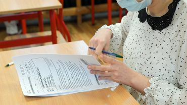 Egzamin ósmoklasisty 2021: terminy, wymagania i harmonogram (zdjęcie ilustracyjne).