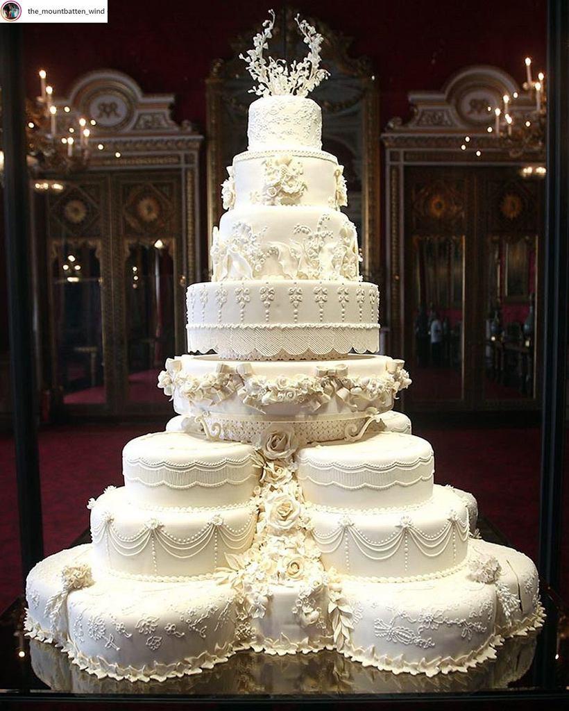 Tort weselny księżnej Kate i księcia Williama