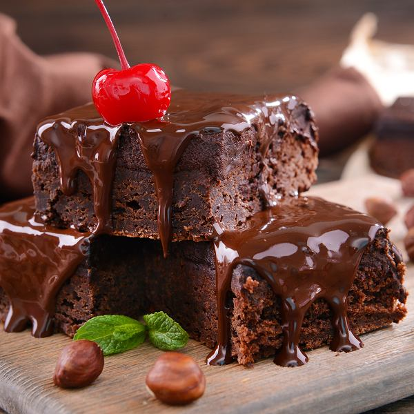 Światowy Dzień Czekolady. Z tej okazji mamy dla was kilka sprawdzonych przepisów na czekoladowe ciasta i desery