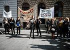 Razem, Nowoczesna, PO, KOD i Inicjatywa Polska wspólnie pod Sejmem