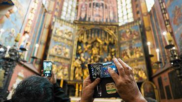 Ołtarz Wita Stwosza w Bazylice Mariackiej