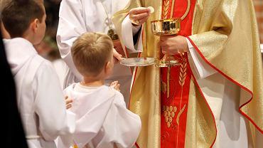 Pierwsza Komunia święta Zdjęcie ilustracyjne