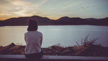 Depresja dwubiegunowa - objawy, przyczyny, leczenie