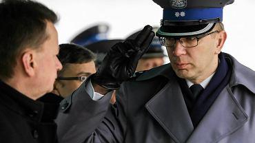 Mariusz Błaszczak, szef MSWiA, i Andrzej Szymczyk, od dymisji insp. Zbigniewa Maja pełniący obowiązki komendanta głównego policji