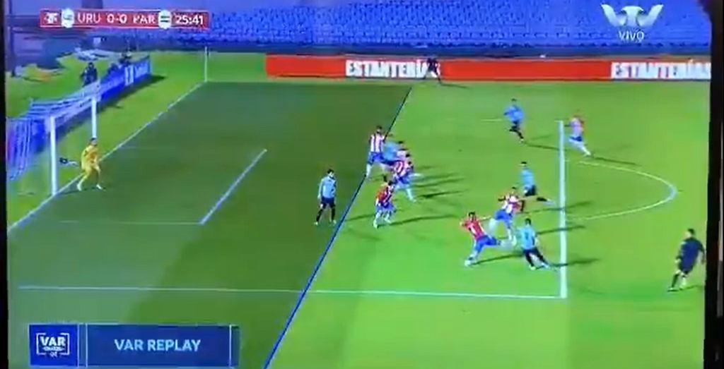 Arbiter nie uznał prawidłowego gola dla Urugwaju