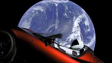 Samochód marki Tesla wysłany w kosmos przez SpaceX