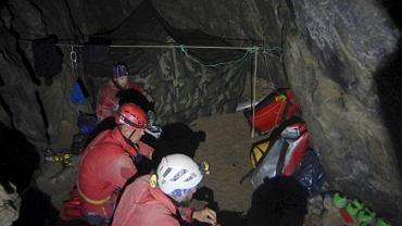 Akcja ratunkowa w Jaskini Wielkiej Śnieżnej.