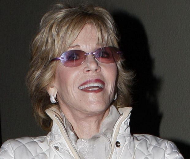 April 3, 2013: Jane Fonda and her brother Peter Fonda have dinner together with Parky DeVogelaere and Jane's boyfriend Richard Perry at Craig's Restaurant in Beverly Hills, California today. Mandatory Credit: Karl Larsen/INFPhoto.com Ref: infusla-52|sp|