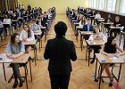 Trwa strajk nauczycieli, ale egzaminy się odbędą. Tak obiecał Trzaskowski