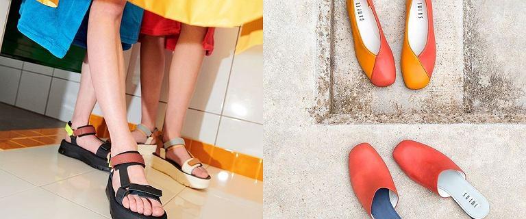 Buty, które powstają w sercu Majorki. Propozycje na lato hiszpańskiej marki, znanej na całym świecie. Rabaty do 40%