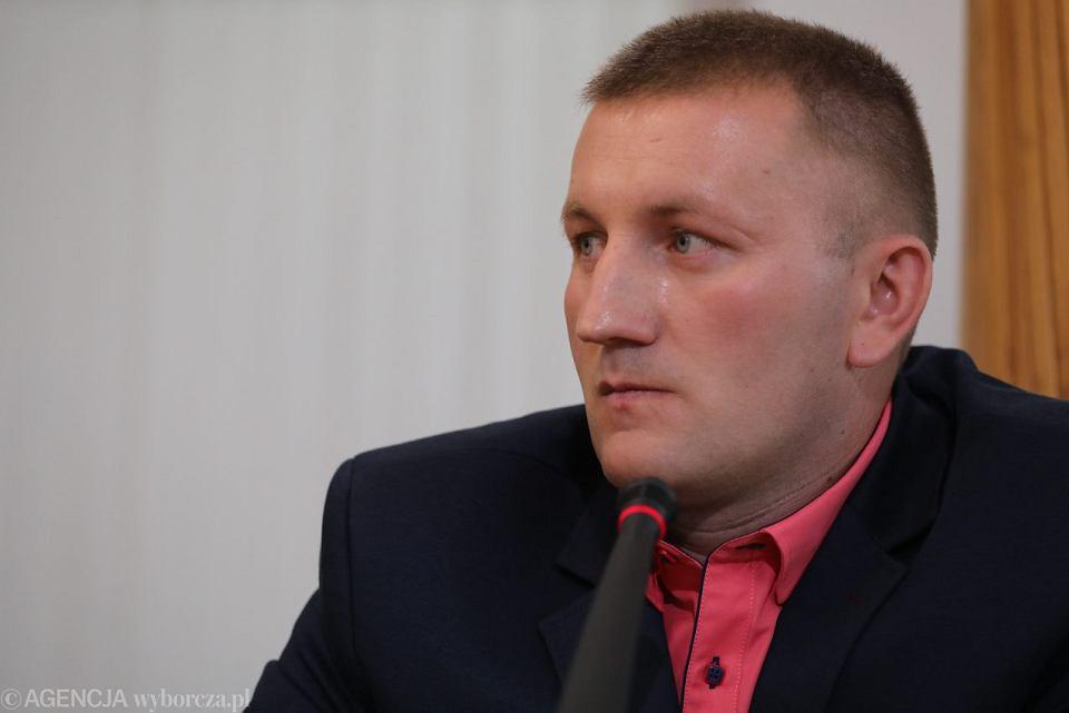 Były pracownik Biura Gospodarki Nieruchomosciami ( BGN ) w Warszawie Krzysztof Śledziewski