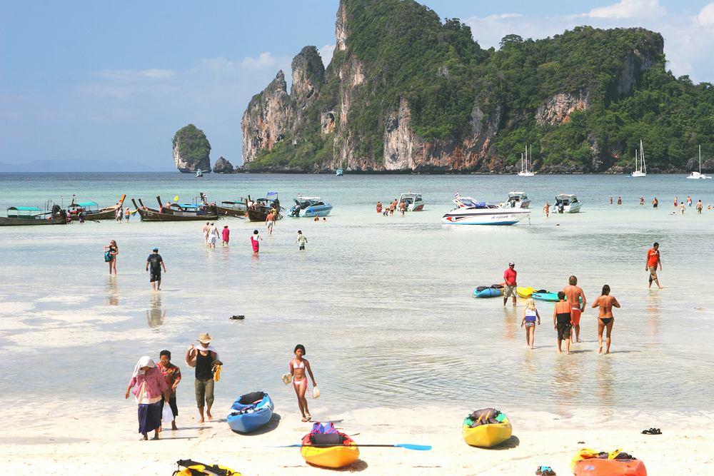 Poszukiwana jest osoba, która za darmo będzie podróżować przez kilka tygodni po Tajlandii