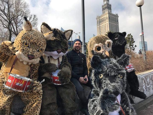 Ratujmy Serce Karpat - akcja WWF i jej ambasadorzy: Marcin Dorociński, wilk, niedźwiedź, żbik i sóweczka