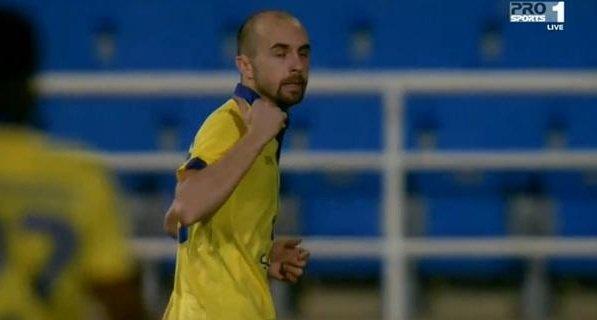 Adrian Mierzejewski spadł z ligi chińskiej. Polak szuka nowego klubu