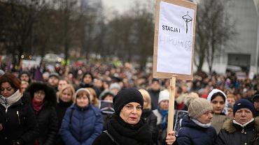 23 marca 2018. Protest na pl. Solidarności przeciwko projektowi 'Zatrzymaj aborcję'