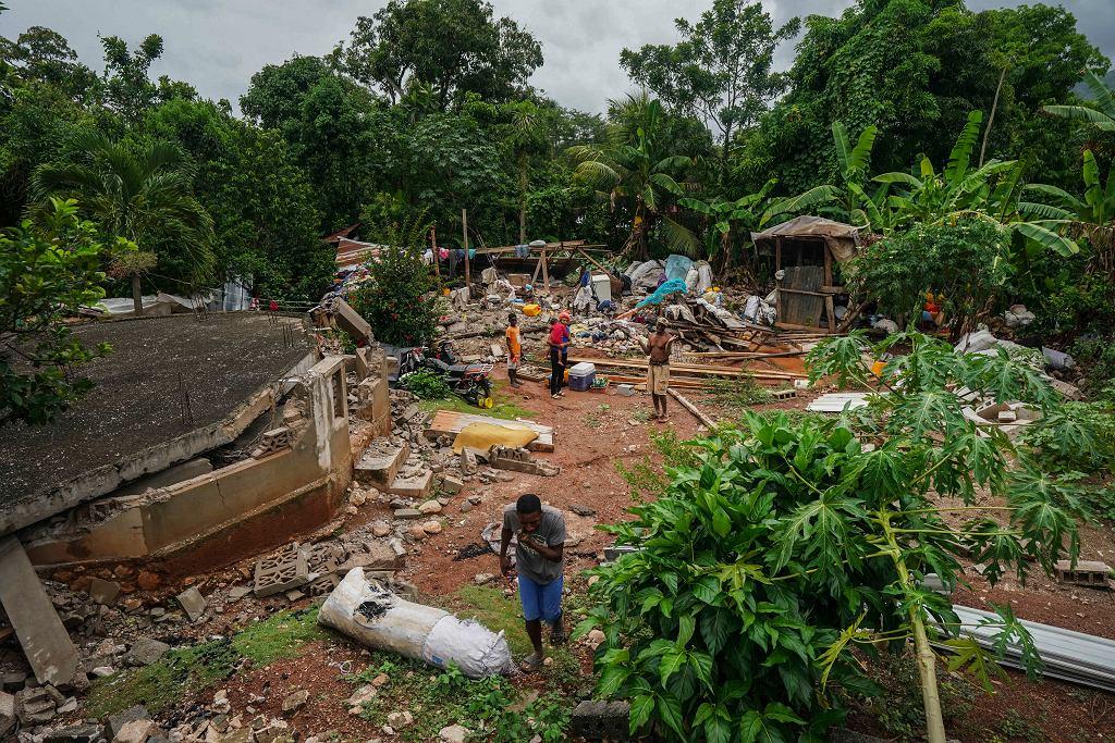 17.08.2021, Fleurant, Haiti, zniszczenia po trzęsieniu ziemi.