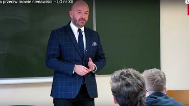 W lekcji o mowie nienawiści we wrocławskim LO XII uczestniczył prezydent Wrocławia Jacek Sutryk