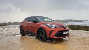 Nowa Toyota CH-R