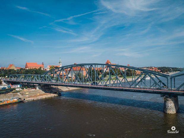 Zdjęcie numer 6 w galerii - Modernizacja mostu im. Piłsudskiego za 123 mln zł. Tak wygląda z drona