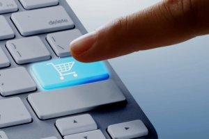 Jeden na trzech przedsiębiorców sprzedaje przez internet. Reszta nie chce, albo nie umie. Zobacz wyniki naszego badania
