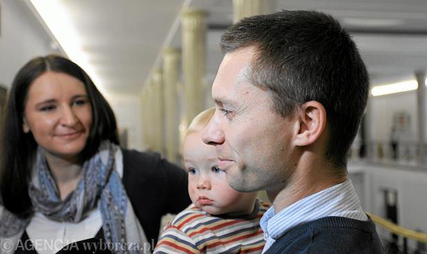 Karolina i Tomasz Elbanowscy, pomysłodawcy organizacji referendum ws. obowiązku szkolnego dla sześciolatków, dziś odmawiają rodzicom prawa do referendum ws. likwidacji gimnazjów