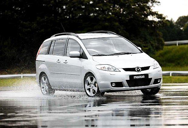 Mazda 5 to rodzinny van oferowany od 2007 roku. Jego poprzednik nosił nazwę Premacy