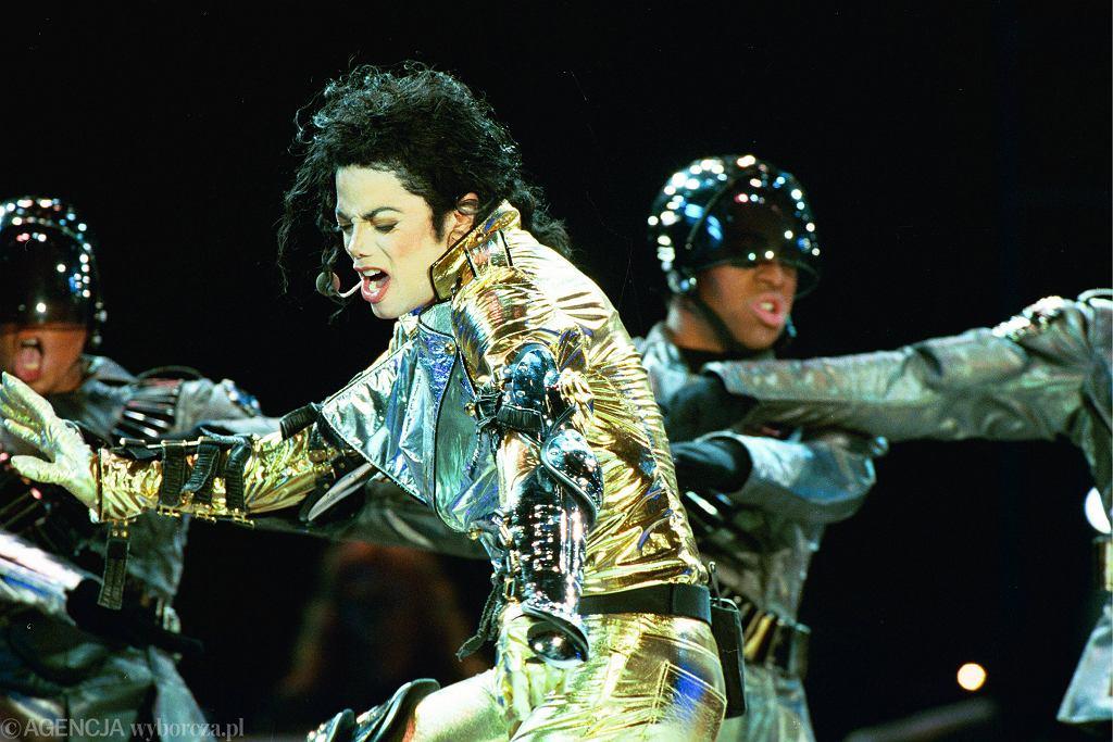 Michael Jackson na koncercie w Warszawie w 1996 r.