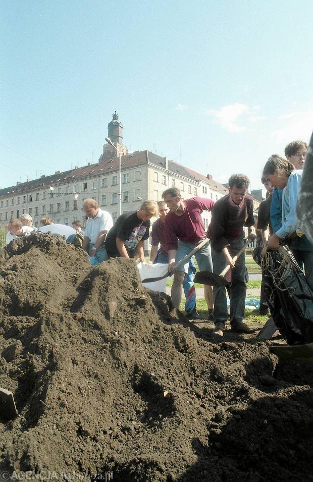 Zdjęcie numer 28 w galerii - 17 lat temu Odra zalała Wrocław. Tak wyglądało miasto [FOTO]