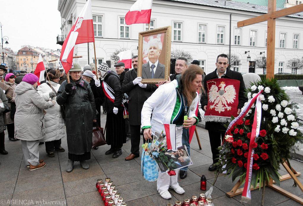 Miesięcznica smoleńska - pierwsza w 2016 r.