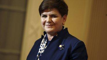 Polacy, nic się nie stało - tak mówią pani premier Beata Szydło i jej rzecznik